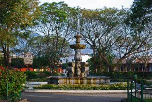Uno de los destinos de antigua: El parque central